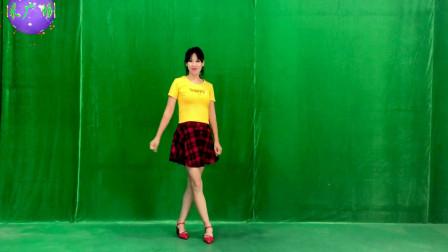 点击观看《无基础阿采健身舞教学视频鳌拜鳌拜 手把手轻松学会》