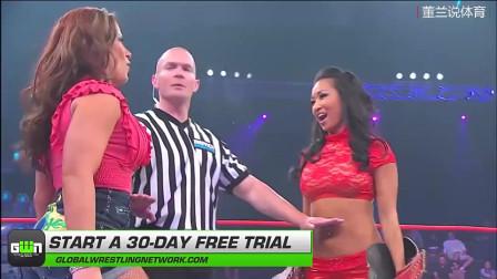 女子摔跤:这位选手,你打比赛赛穿这套服装,不太方便行动吧?