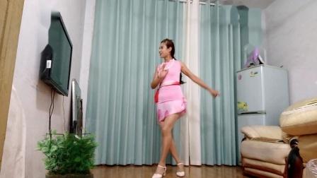 点击观看《轻松一学就会任如意如意舞 改良旗袍裙《夜来香》》
