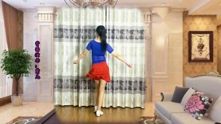 点击观看《鹤塘紫儿广场舞 我是个磨人的小妖精 背面教学一分钟学会》