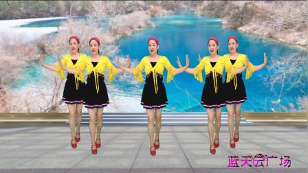 点击观看《蓝天云清凉舞蹈视频《爱如蝴蝶飞》柔美好看》