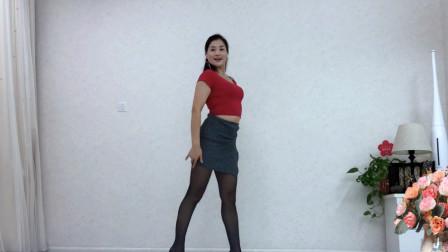 送您一支神曲广场舞《为爱歌唱》豪迈大气跳出健康与快乐