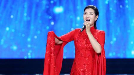 天啊!降央卓玛又火了,从未见过她唱情歌如此温柔,听得人心痒痒!