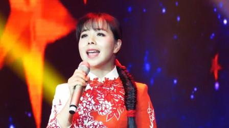 王二妮这首歌,听完根本静不下心来,都忘记谁是原唱