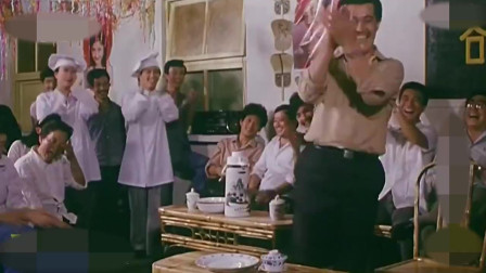 来的都是客:看到胖妞跟赵本山打招呼,大家笑得合不拢嘴