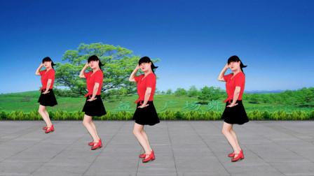 点击观看《大众健身广场舞教学视频《你是我的人》 时尚扭胯32步广场舞 附分解教学》