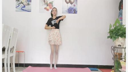 点击观看《神农舞娘《动感新时代》健身舞视频》