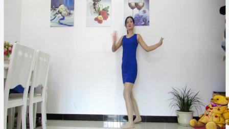 点击观看《神农舞娘异域风情广场舞视频 真性感》