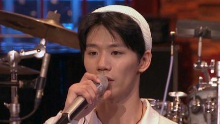 帅哥主唱鼓手小胡 曾和李荣浩音乐节上合作