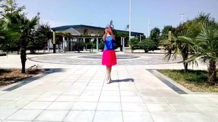 点击观看《动感健身广场舞《好人好梦》舞姿优美,喜欢的朋友点个赞吧!》