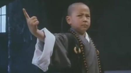 其实释小龙小时候的武打片,动作是很犀利的