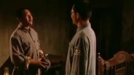 上将许世友:陈赓请许世友喝酒,不想是请来个吃货,场面控制不住了!