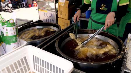 越南街头美食:炸香蕉,炸至两面金黄!