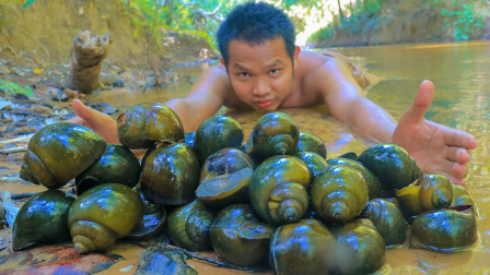 福寿螺最过瘾的吃法,大口吃着螺肉,看饿了