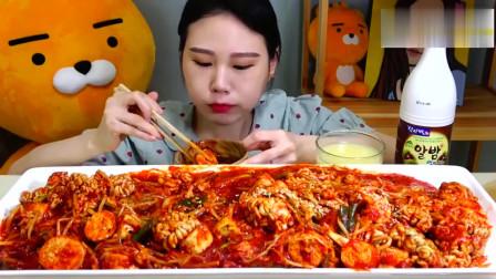 大胃王美食吃播,韩国美女吃麻辣脑花