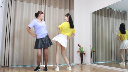 简单双人对跳广场舞蹈视频 小君广场舞《心在烈火中燃烧》