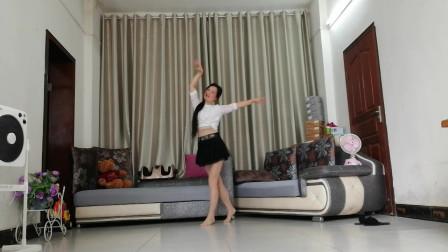 中老年人客厅健身舞蹈视频 优雅莹莹广场舞