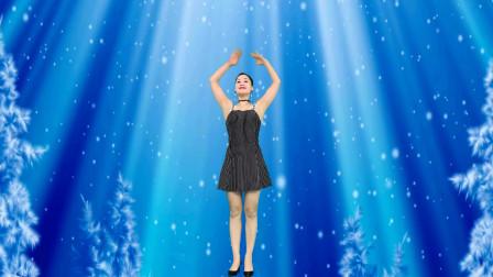 中年妇女青青世界广场舞视频 十五的月亮十六圆