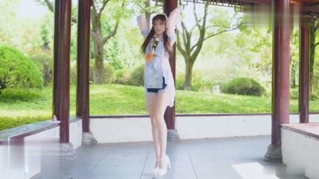 这般清秀可爱的小美女跳舞起来更美,你见过吗?