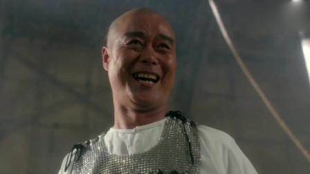 李连杰动作飘逸潇洒,干净利落,还是老电影过瘾,很难在拍出这样的武打片了!
