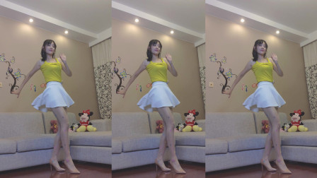 小君家中广场舞 短白裙健身舞很大胆