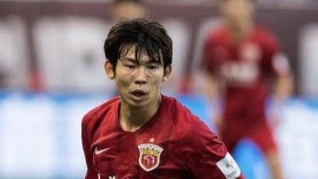 上港新闻官:据队医判断 杨世元左膝盖受伤且伤势不轻