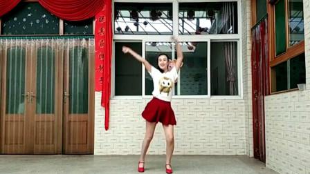 点击观看《阿采原创中国范健身广场舞视频》
