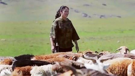"""十八岁新疆女孩如愿登上梦想的舞台,导师们""""抢人""""分毫不让 中国好声音 20190719"""