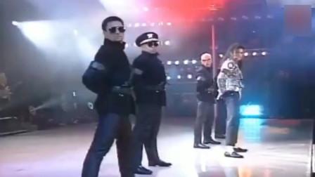迈克尔杰克逊不愧是世界舞王 尤其是这段 最震撼的表演