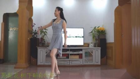 大妈健身舞视频梨花飞情人泪 霞彩飞扬广场舞