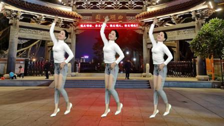 青青世界 网络火爆神曲广场舞《谁DJ》喜欢跳舞的看过来哦