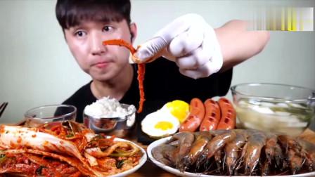 大胃王美食吃播,韩国小哥吃辣白菜,酱油虾,香肠鸡蛋