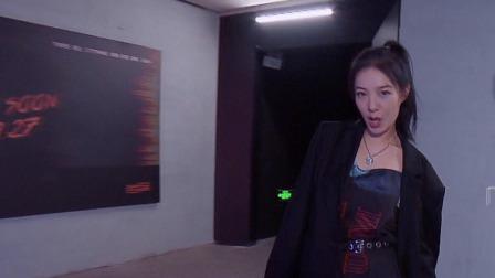 李荣浩乐团《有理想》 一镜到底炫酷演绎