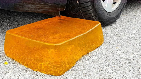 趣味腦洞實驗:牛人使用小汽車碾壓透明果凍,請勿輕易模仿!