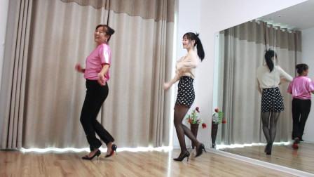 点击观看《小君黑丝袜广场健身舞 光脚跳舞太费丝袜》