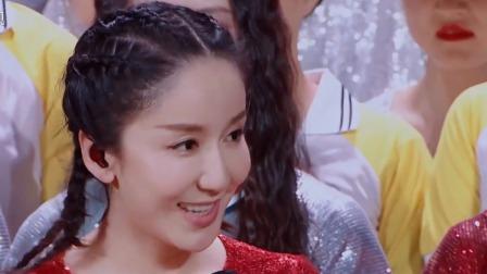 彝族姑娘现场秀民族舞蹈,萧敬腾被空中翻腾动作吓到