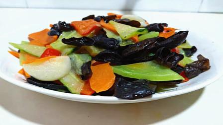 非常有營養的炒時蔬,大魚大肉吃過了,來一盤這個都搶著吃