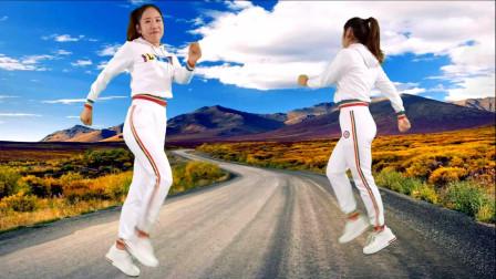 点击观看《新手无基础弹跳16步舞蹈赴汤蹈火 京京新舞视频》