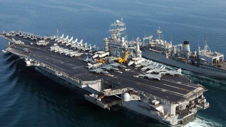 大批军舰火速出击,美航母在近海被全面围堵,卫星图显示情况不妙