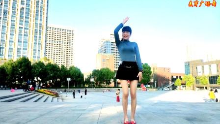 短裙美女麦芽姐学跳广场舞视频寂寞沙洲冷