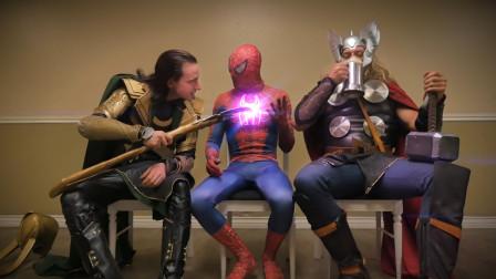自制:蜘蛛侠、雷神和洛基相遇,你觉得谁更猛一些?