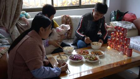 张胖子27岁庆生,丈母娘炒菜,团团做长寿面,其乐融融很暖心