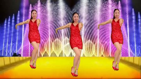 点击观看《红色短裙辣妈京京学跳健身广场舞视频夜上海》
