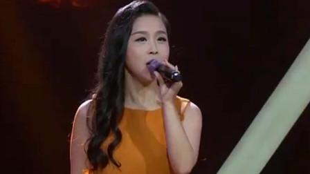 济南辣妈演唱《故乡是北京》,嗓音嘹亮动听,堪比专业歌手