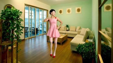 静儿粉红短裙广场舞视频燃烧我的卡路里