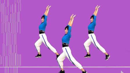 点击观看《阿采专业专业燃脂健身操 轻松简单包教会》