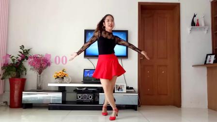红短裙红凉鞋大美女学跳广场舞《往事只能回味》16步简单好看