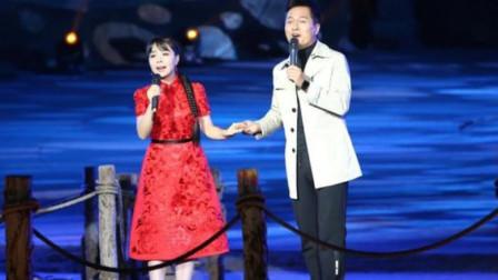 王二妮和云飞这首对唱已成经典,别人唱不过他们!牵手那刻太完美