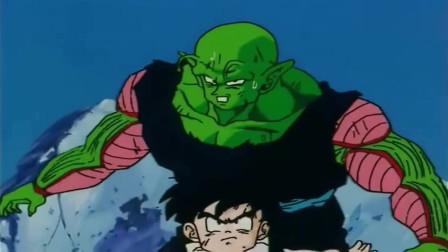 龙珠:这一次是悟饭挡在了比克的面前,用自己的力量保护师傅!