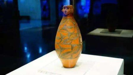 """甘肃农民田里干活,意外挖出5500年前彩瓶,里面还装着一位""""女孩"""""""